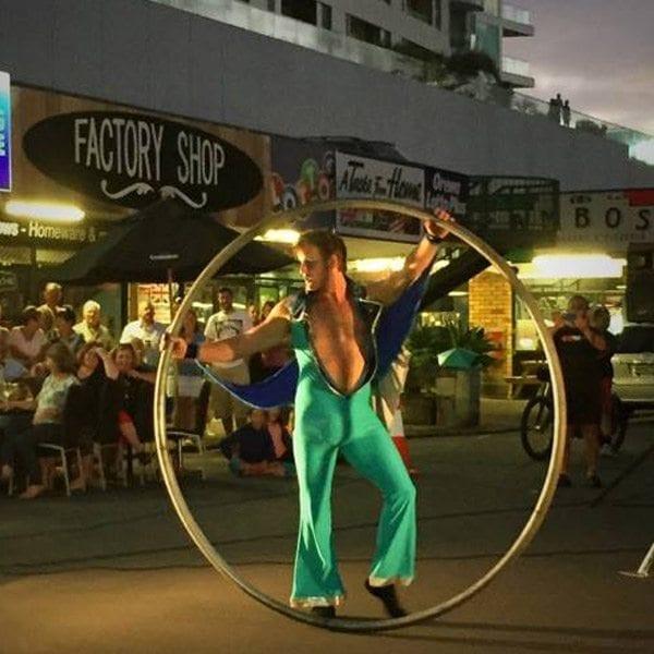 performer orewa buskers festival zac-tastic