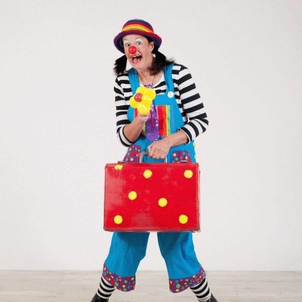 performer louise kerr clown