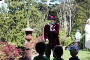 The mad hatter juggling